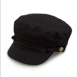 Accessories - Black hat